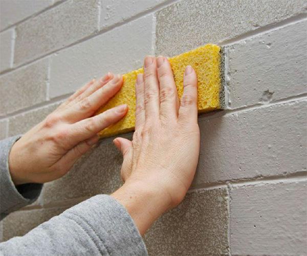 زیرسازی دیوار آجری قبل از رنگ آمیزی